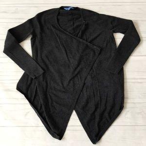 🍄Vera Wang women's medium long sleeve cardigan